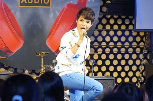 """fan nu """"phat cuong"""" vi vu cat tuong - 5"""