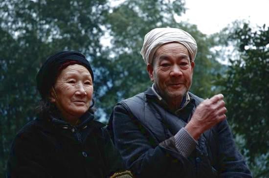 chan dung nguoi chong khien ca the gioi nguong mo (p.1) - 11