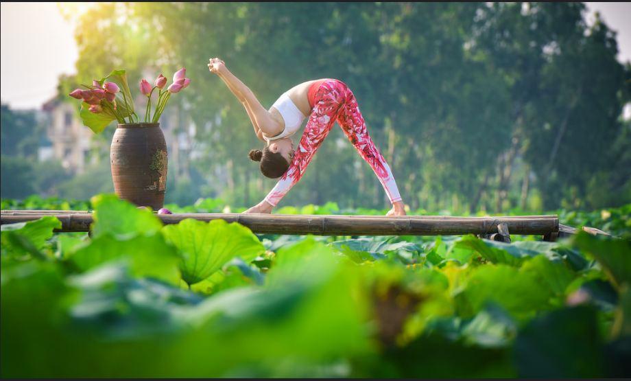 doi ban than 36 tuoi ha noi khoe than hinh tuyet dep nho yoga - 13