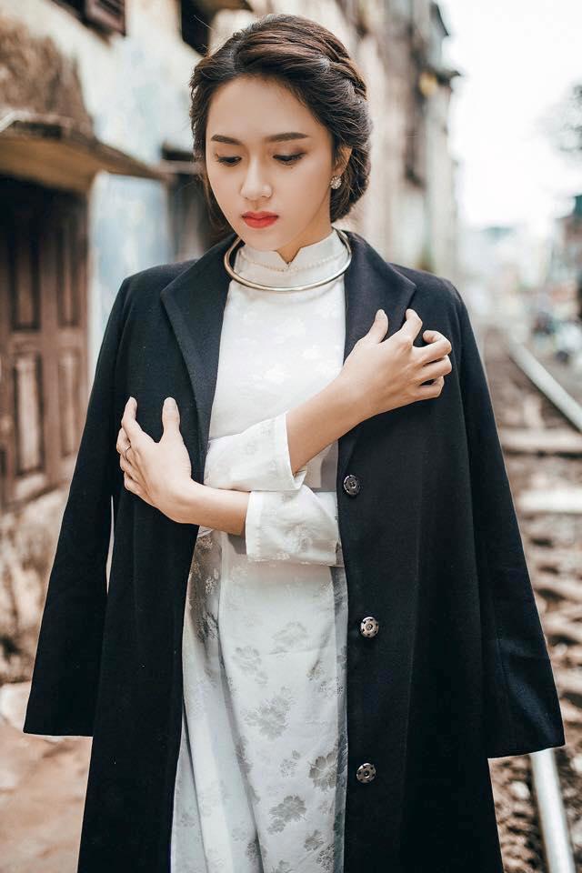 """Gặp chuyên gia trang điểm """"mát tay"""" của Kỳ Duyên, Huyền My-14"""