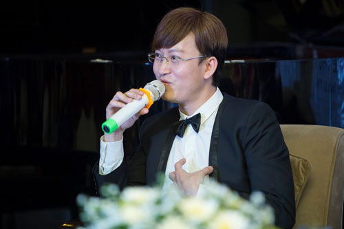 "dong nhi ""theo chan"" nhieu dong nghiep ngoi ghe nong - 7"