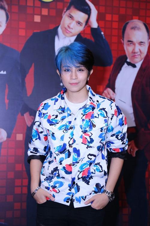 gil le toc xanh noi bat gay chu y ben canh huong giang idol - 1