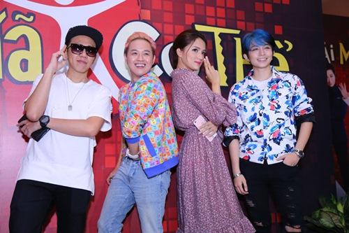 gil le toc xanh noi bat gay chu y ben canh huong giang idol - 12