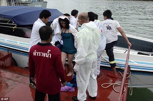 thai lan: hai tau cao toc va cham, 28 nguoi thuong vong - 4