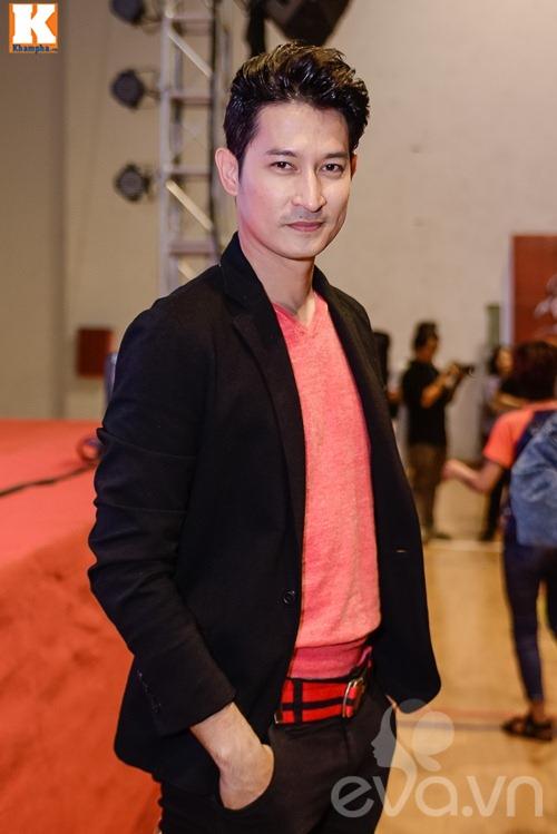 "huong giang idol vang mat, tien dat choi troi voi ""cay"" xanh let di nhan giai - 7"