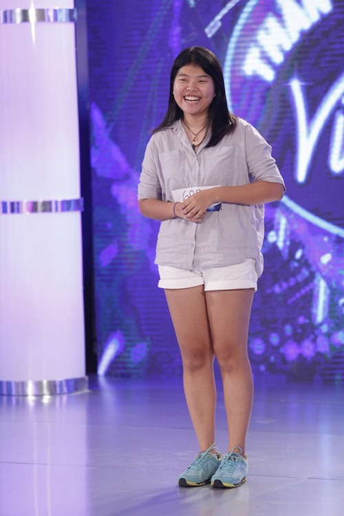 "bac si ""tang dong"" khien thu minh thich thu khi tro lai vietnam idol - 13"