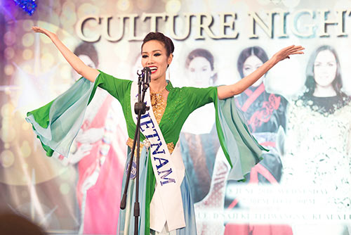 nguoi dep viet doat giai hh anh mrs asia international 2016 - 2