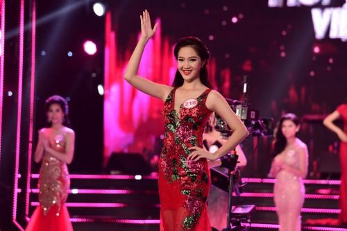 nu sinh lop 12 bat ngo lot top 18 dem chung khao hhvn phia nam - 19