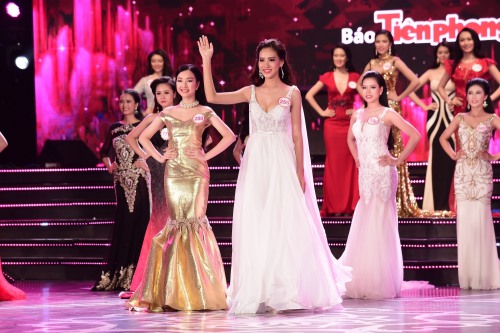 nu sinh lop 12 bat ngo lot top 18 dem chung khao hhvn phia nam - 13