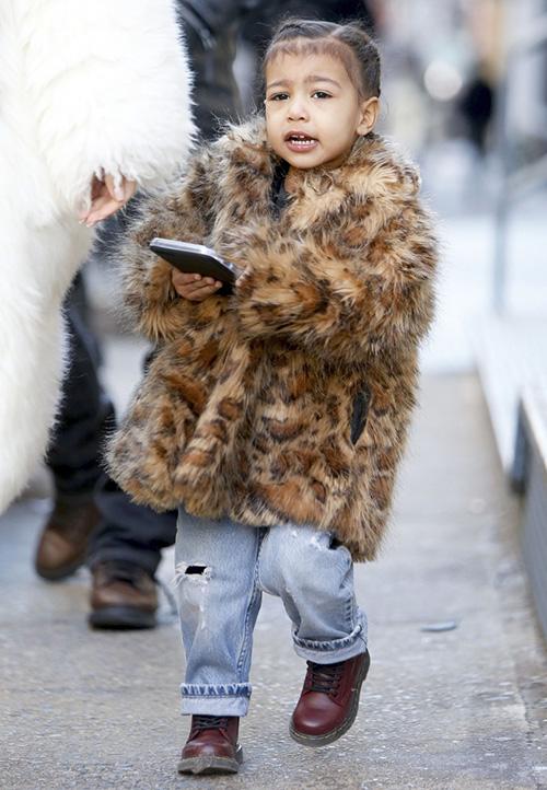 Thời trang sành điệu của con gái Kim Kardashian-3