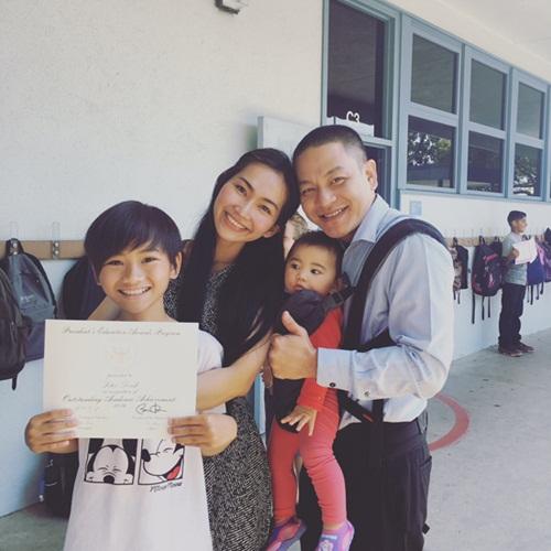 Chồng đại gia hạnh phúc khi con trai Kim Hiền nhận bằng giỏi-2