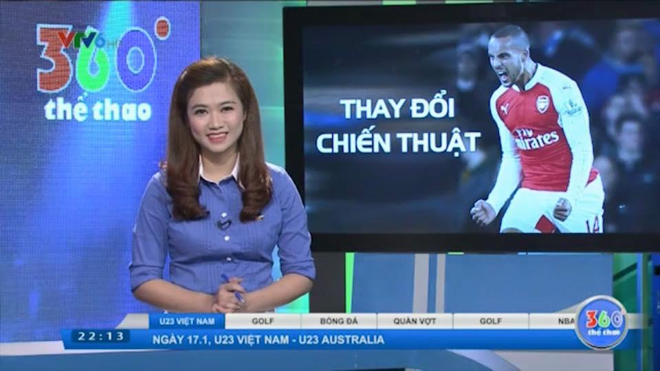 Nữ biên tập viên thể thao nổi nhất Việt Nam mặc gì khi lên sóng?-16
