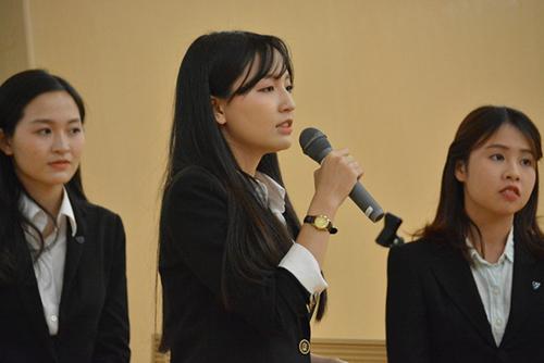 Chị em sinh đôi Việt học siêu giỏi tại Nhật nổi tiếng vì xinh đẹp-3