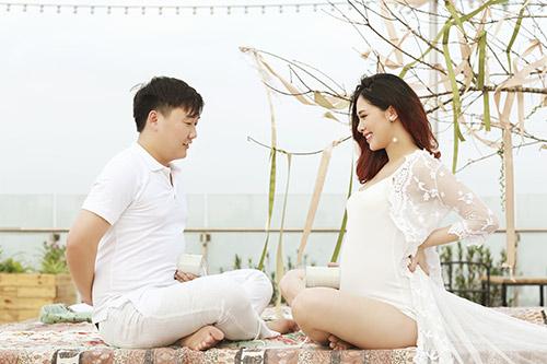 Á khôi Hà Min bầu 9 tháng được chồng chiều hết mực-8