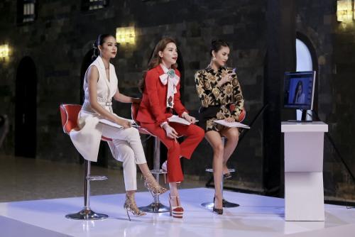 Choáng khi bóc giá bộ đồ của Hà Hồ trong tập 1 The Face-3