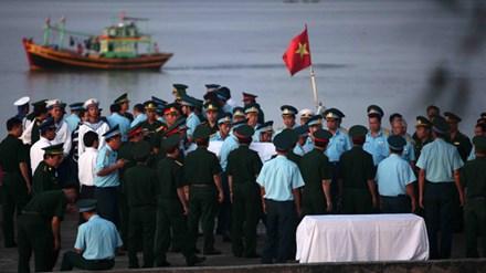 Ngư dân và giây phút sinh tử của phi công Su-30MK2 trên biển-1