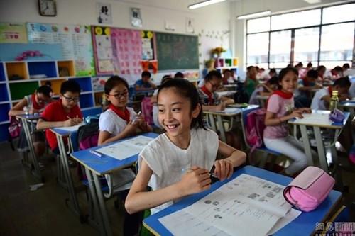 TQ: Bé gái 12 tuổi trở thành sinh viên trước khi tốt nghiệp tiểu học-3