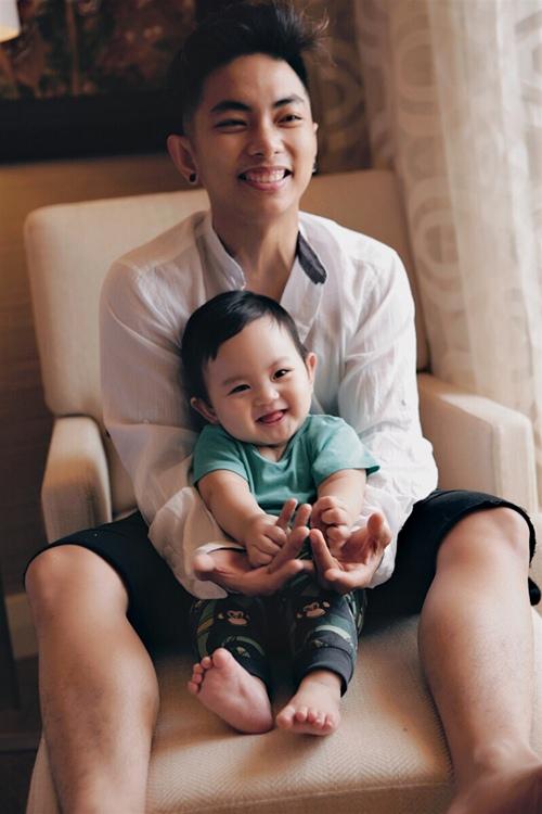 ve dang yeu kho cuong cua con trai khanh thi - phan hien - 3