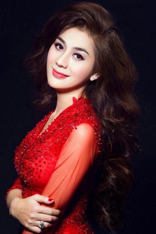 """lam chi khanh: """"huong giang idol ghen ty nen xuc pham toi"""" - 1"""