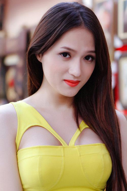 """lam chi khanh: """"huong giang idol ghen ty nen xuc pham toi"""" - 2"""