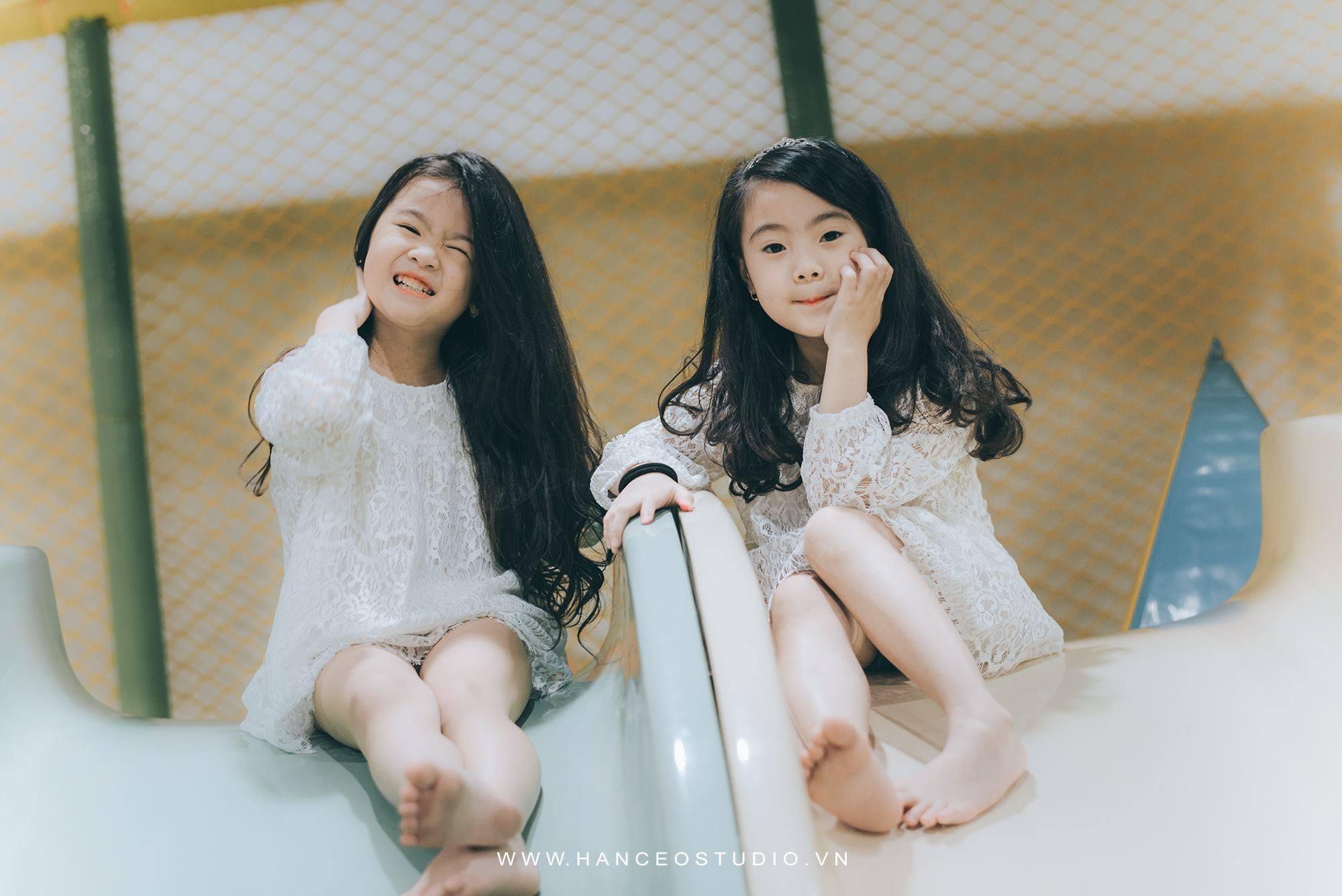 "don tim voi 2 co be hotgirl ha noi chan dai ""khong doi tuoi"" - 8"