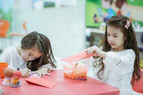 "don tim voi 2 co be hotgirl ha noi chan dai ""khong doi tuoi"" - 15"