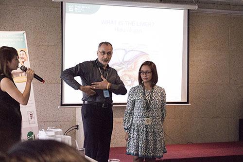 bac si tay ban ve ung thu gan va phong trao thai doc cua nguoi viet - 2