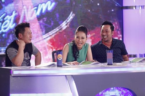 vietnam idol tap 5: nu giam doc tre chinh phuc ca 3 giam khao - 1