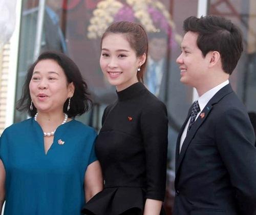 """ban trai """"chuan soai ca"""" cong khai khoe hanh phuc ben hoa hau thu thao - 4"""