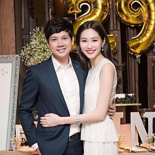 """ban trai """"chuan soai ca"""" cong khai khoe hanh phuc ben hoa hau thu thao - 1"""