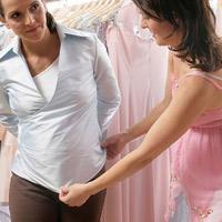 Mách mẹ bầu cách chọn quần áo mùa hè