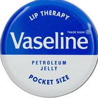 10 công dụng tuyệt vời của Vaseline