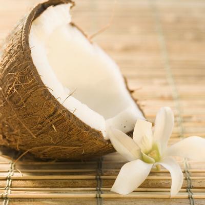 Mẹ Mít bày cách làm đẹp da và tóc với dầu dừa - 2