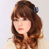 Kiểu tóc dễ thương dành cho tóc xoăn