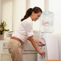 Uống nước bao nhiêu là đủ để khỏe đẹp?