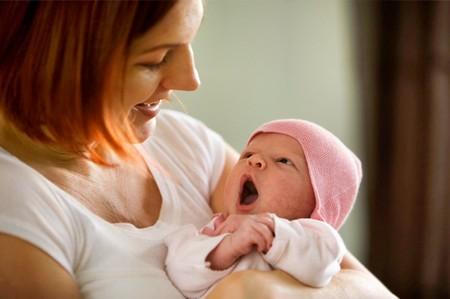 Khi bé sơ sinh ngủ ít, ngủ chập chờn - 2