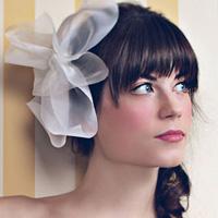 Video làm đẹp: Đẹp với 3 kiểu tóc cô dâu
