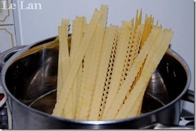 Cuối tuần làm mì Ý hải sản đãi cả nhà - 4