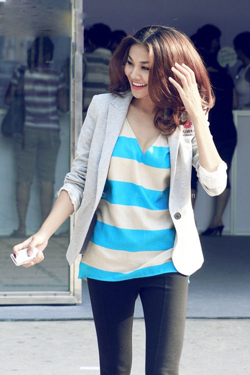 'Lật tẩy' gu thời trang của siêu mẫu Thanh Hằng - 12