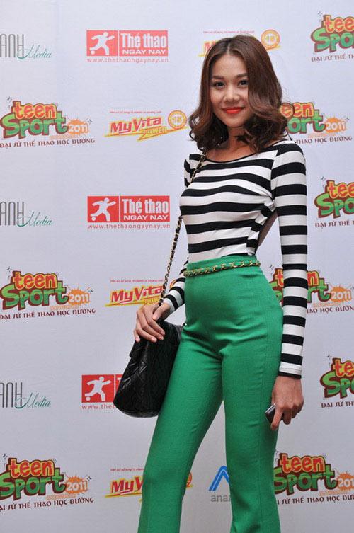 'Lật tẩy' gu thời trang của siêu mẫu Thanh Hằng - 7