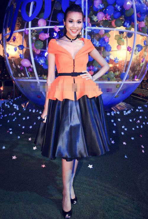 'Lật tẩy' gu thời trang của siêu mẫu Thanh Hằng - 17