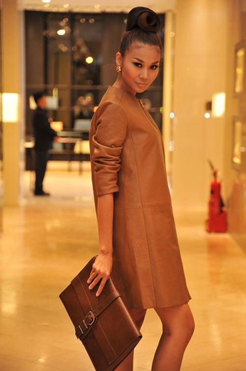 'Lật tẩy' gu thời trang của siêu mẫu Thanh Hằng - 27