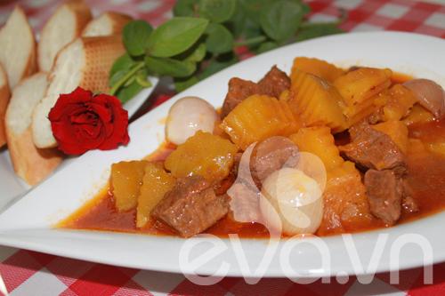 Lạ miệng với thịt bò hầm cà ri - 1