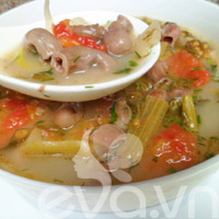 Bao tử cá basa nấu dưa chua