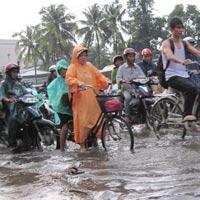 Nam Bộ có mưa trong ngày đầu thi Đại học