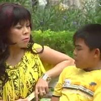 Việt Hương bị trẻ con... 'chơi xỏ'