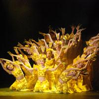 Choáng: Điệu múa thay váy của nghệ sĩ Triều Tiên