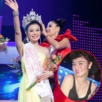 """Lộ ảnh """"ăn chơi"""" của Hoa hậu VN hoàn cầu Julia Hồ"""