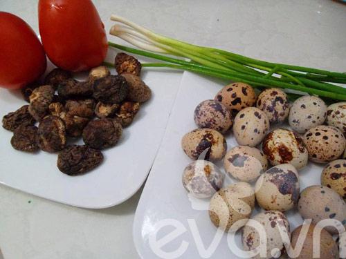 Thơm ngon món trứng cút om nấm - 1