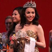 Trà Ngọc Hằng làm giám khảo Hoa hậu tại Mỹ